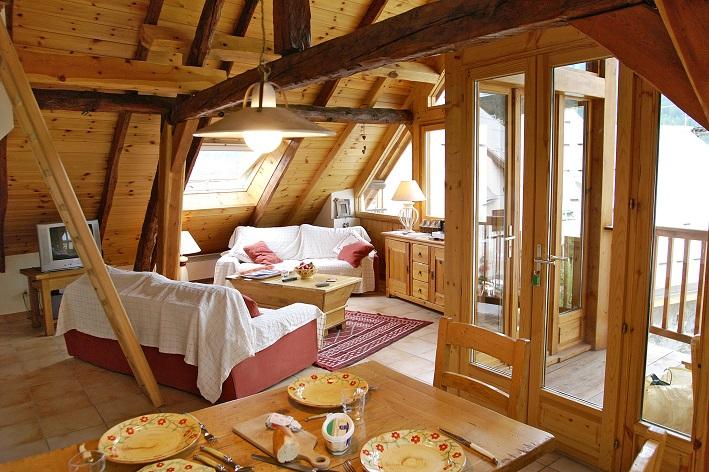 location appartement aya 6 personnes meublé serre chevalier 1500 appartement AYA le monetier les bains terrasse