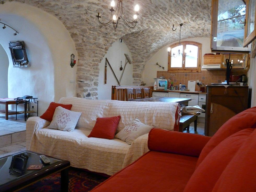 location appartement 6 personnes serre-chevalier 1500 les écrins meublé cave voutée